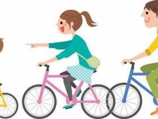 和父母和孩子一起骑自行车