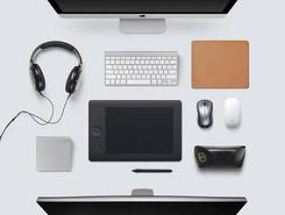 设计师的办公桌
