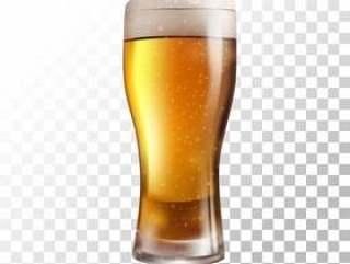 矢量图新鲜啤酒在透明背景上