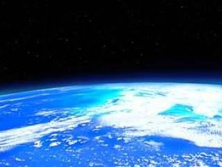从人造卫星看到的地球