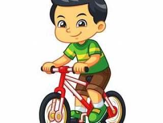 骑新的红色自行车的男孩。