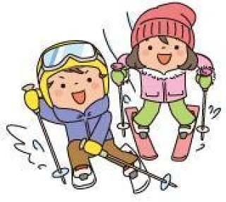 两个孩子滑雪滑雪