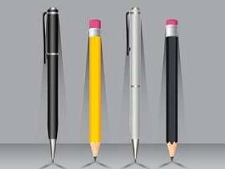 笔和铅笔在墙壁上